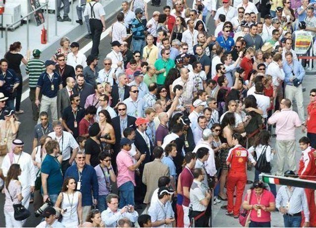 المقيمون في الإمارات من بين الأقلّ عالمياً ممن يتحمّلون مسؤوليّة تزويد عائلاتهم بحماية مالية
