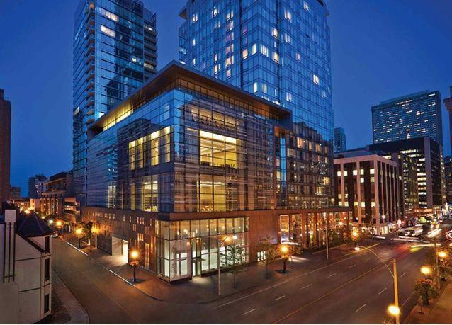 أمير سعودي يعرض فندق فور سيزونز تورونتو للبيع
