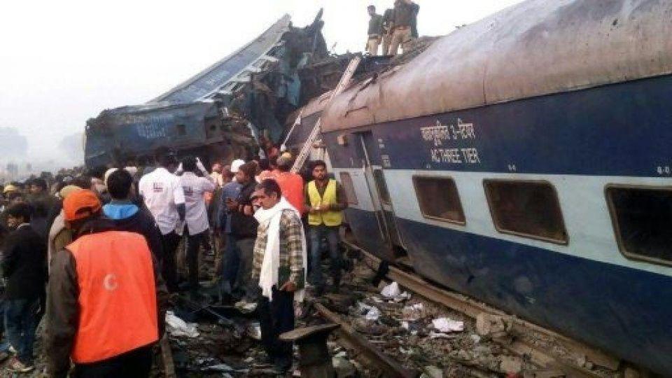 الهند :ارتفاع قتلى خروج قطار عن القضبان إلى 90 قتيلا