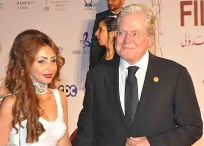 السعودية زوجة حسين فهمي تطالب بالخلع: أخشى ألا أقيم حدود الله!