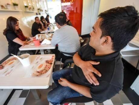 وجبة مجانية للباحثين عن عمل في دبي!