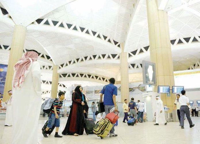 السعودية: 5 شركات عالمية لتشغيل السوق الحرة في مطار الملك خالد