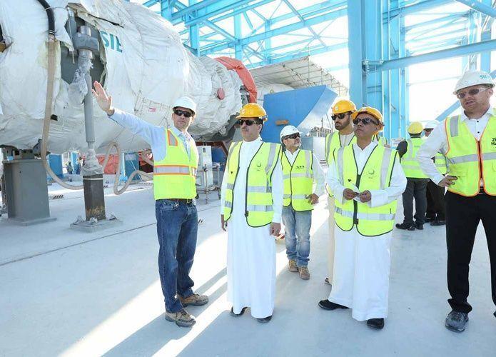 """دبي تنجز 53% في مشروع توسعة """"إم"""" أحدث وأكبر محطة كهرباء ومياه في الإمارات"""
