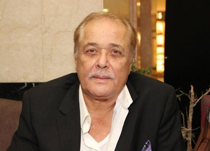 وفاة الممثل المصري محمود عبد العزيز بعد صراع قصير مع المرض
