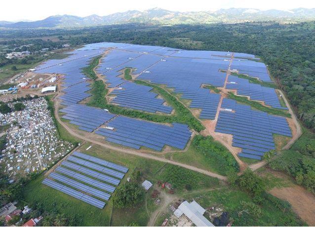 مونتي بلاتا: أكبر مصفوفة ألواح شمسية في منطقة البحر الكاريبي تدخل حيز التشغيل