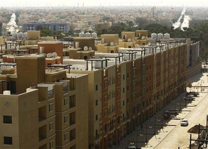 """مجلس الوزراء السعودي يوافق على السماح للمواطنين المسجلين في قوائم انتظار الصندوق العقاري بالتقديم على بوابة """"إسكان"""""""