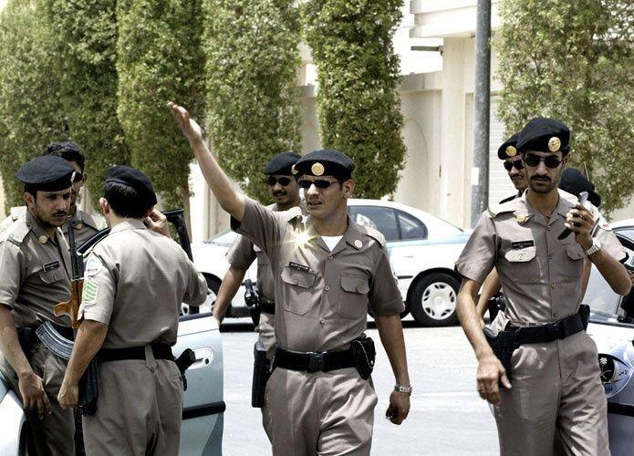 سعودي ينحر والديه في جريمة أسرية جديدة تهز المملكة