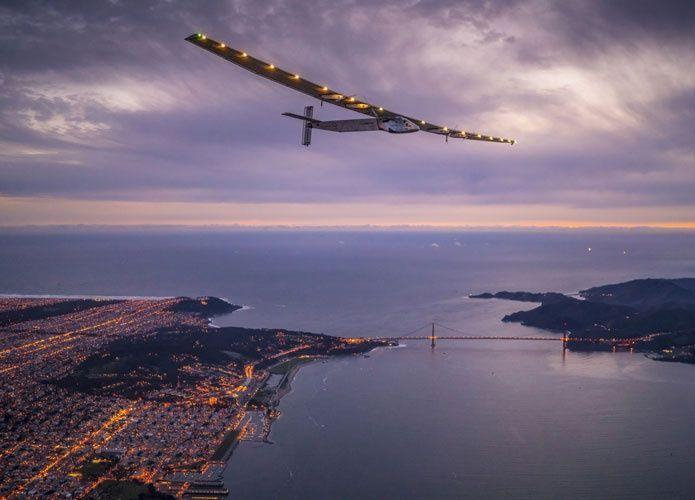 طائرة شمسية تعود إلى الإمارات بعد جولة عالمية