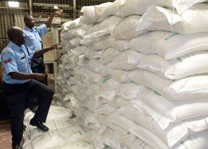 السلطات المصرية تصادر مخزونات سكر من أكبر شركة للأغذية