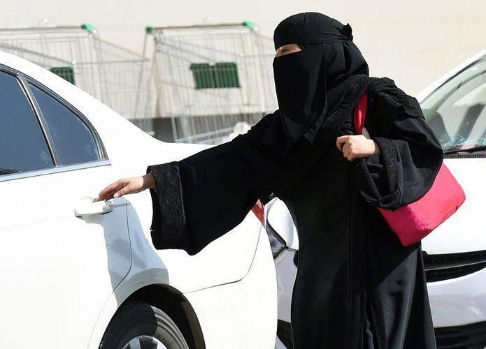 سائق باكستاني يتزوج مليونيرة سعودية ويطالب بميراثه