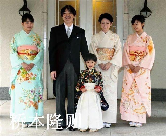 امرأة قد تخلف إمبراطور اليابان بعد تخليه عن العرش
