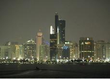 إلزام موظفي حكومة أبوظبي بالسكن داخل الإمارة .. ومهلة عام للتطبيق