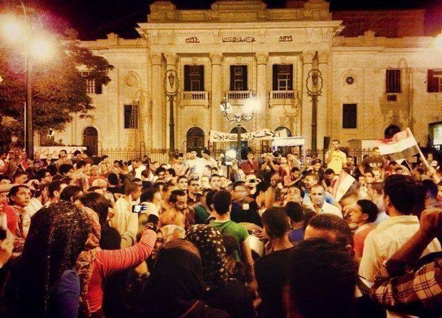 مقتل 14 في اشتباكات بمصر بعد عزل مرسي