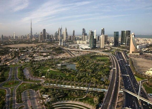 دبي تجذب السياح البريطانيين مع ارتفاع الجنيه الاسترليني أمام الدولار