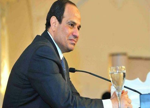 الرئيس المصري يتعهد بتعديل قانون التظاهر والاعتقالات