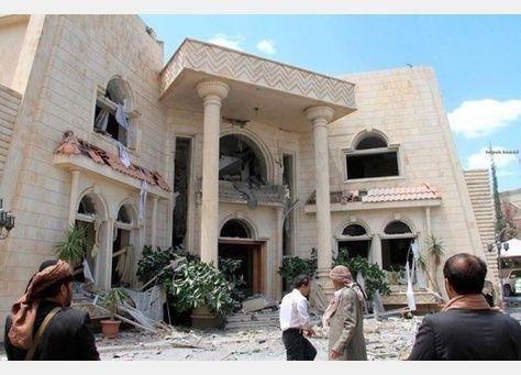 سلطنة عمان تستدعي السفير السعودي وتسلمه مذكرة احتجاج لاستهداف منزل سفيرها في صنعاء