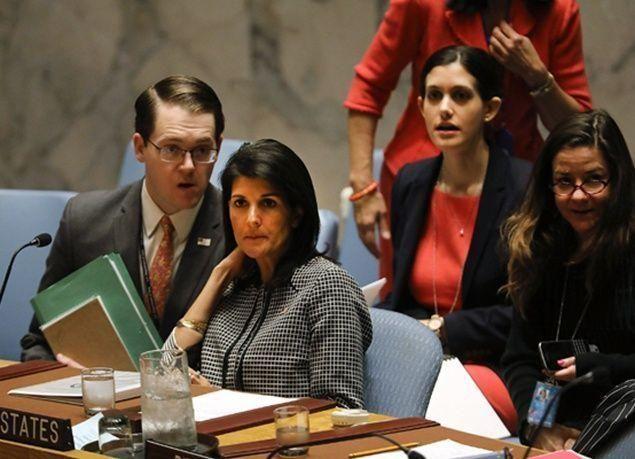 بالصور : شاهد كيف أخرجت الأزمة السورية الدبلوماسيين عن دبلوماسيتهم؟