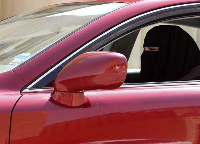 الوليد بن طلال: حان الوقت أن تقود المرأة السعودية سيارتها لنوفر 30 مليار ريال سنوياً
