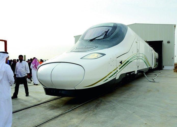 وصول القطارين 10 و11 لمشروع قطار الحرمين إلى ميناء جدة