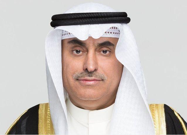 الملك سلمان يعفي وزير الخدمة المدنية خالد العرج ويحال للتحقيق في سابقة بالسعودية