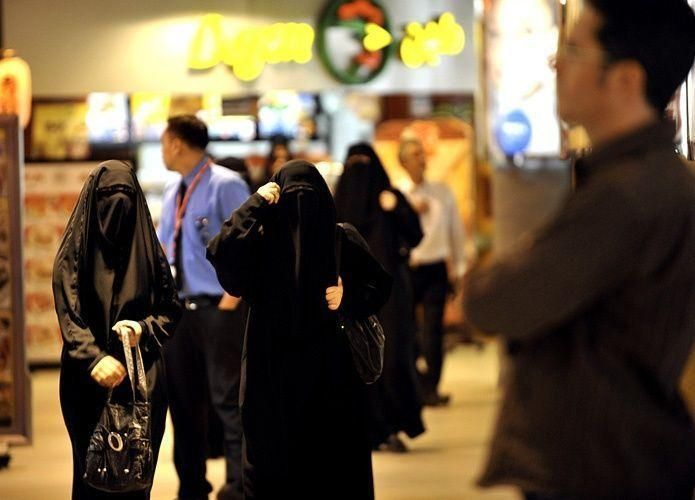بوابات الكترونية للمولات في السعودية