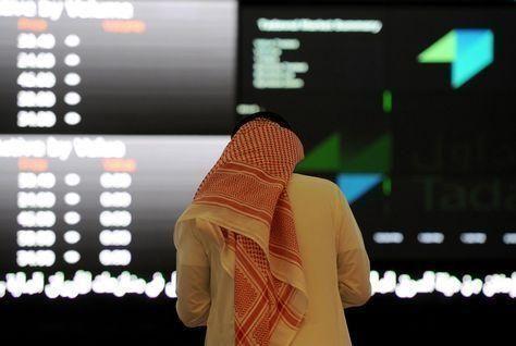 تباين البورصات العربية في تعاملات محدودة وقطر تنتعش