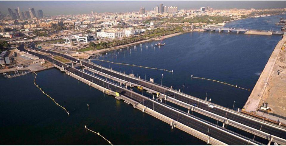دبي: عبور جسر مكتوم مجانا يوم الجمعة مع إغلاق الجسر العائم