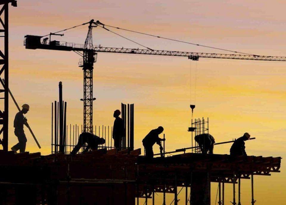 الحديد في السعودية يخالف انخفاض أسعار المواد الإنشائية