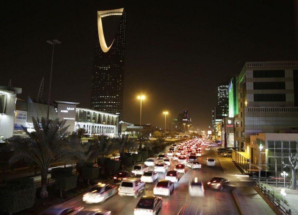 السعودية تتوقع 750 مليار ريال إيرادات من عمليات خصخصة