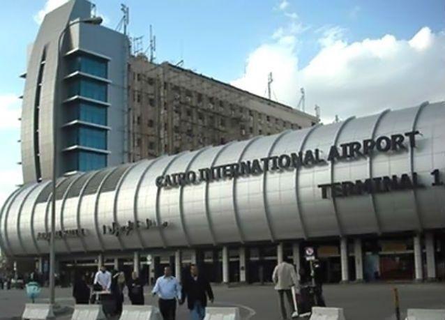 مصر تبدأ العمل بزيادة رسوم تأشيرة دخول السائحين
