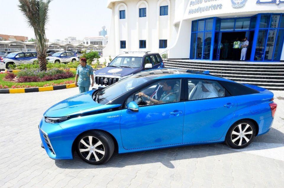 شرطة الشارقة تتسلم 127 مركبة من الفطيم للسيارات