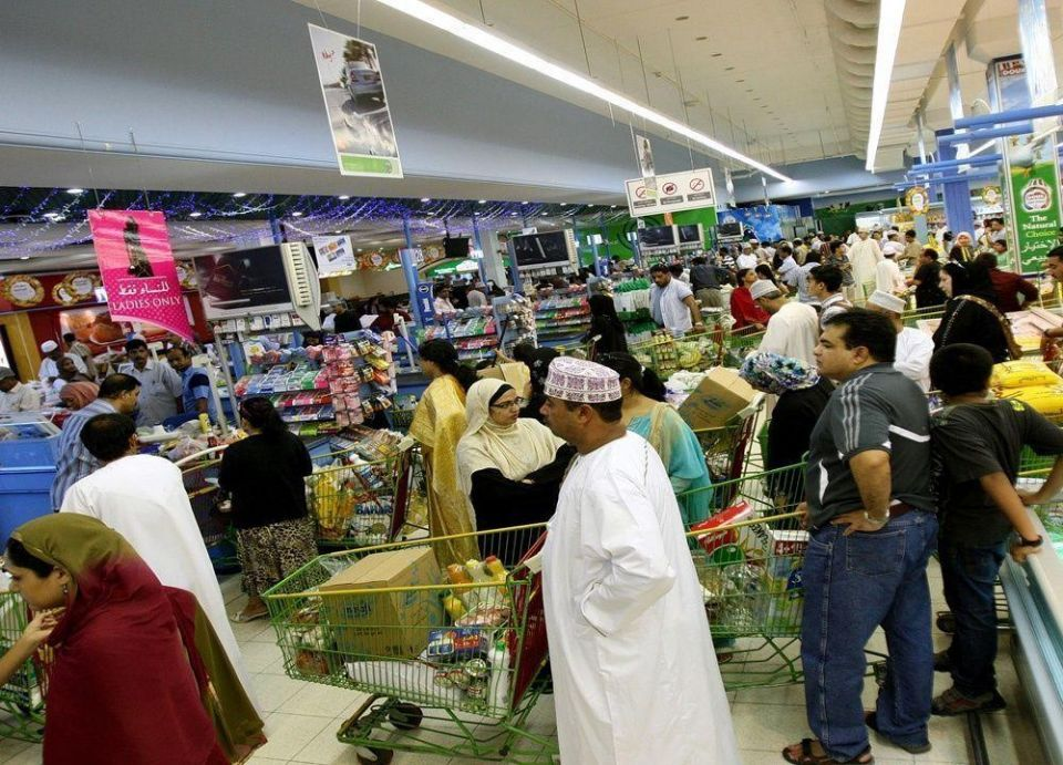 شركتان سعودية وكويتية تتنافسان على رخصة محمول بسلطنة عمان