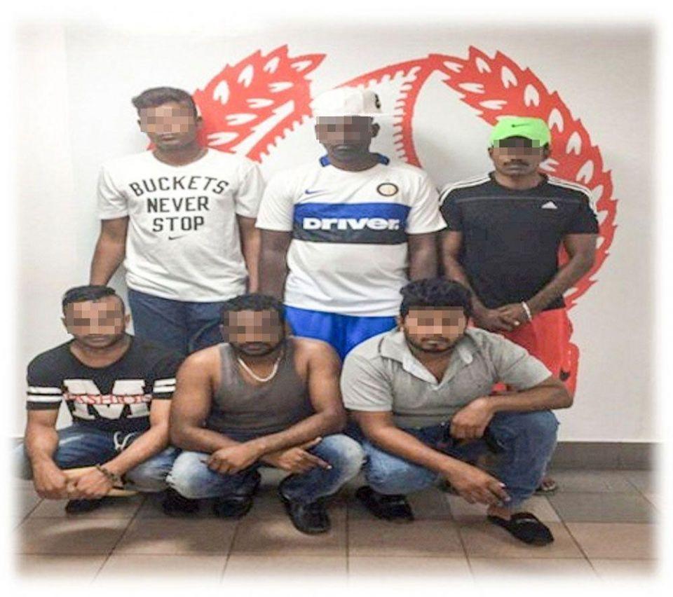 شرطة دبي تضبط رجل أمن خاص سهل لعصابة سرقة سيارة نقل أموال لشركته