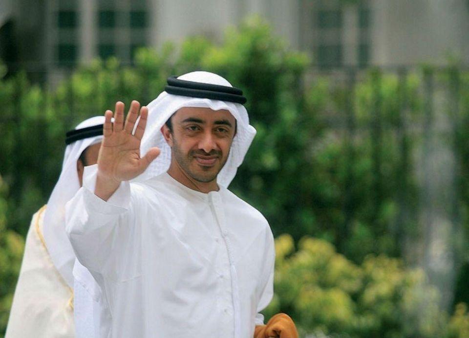 """عبدالله بن زايد يشارك في ملتقى """"مغردون"""" بحضور الرئيس الأميركي"""