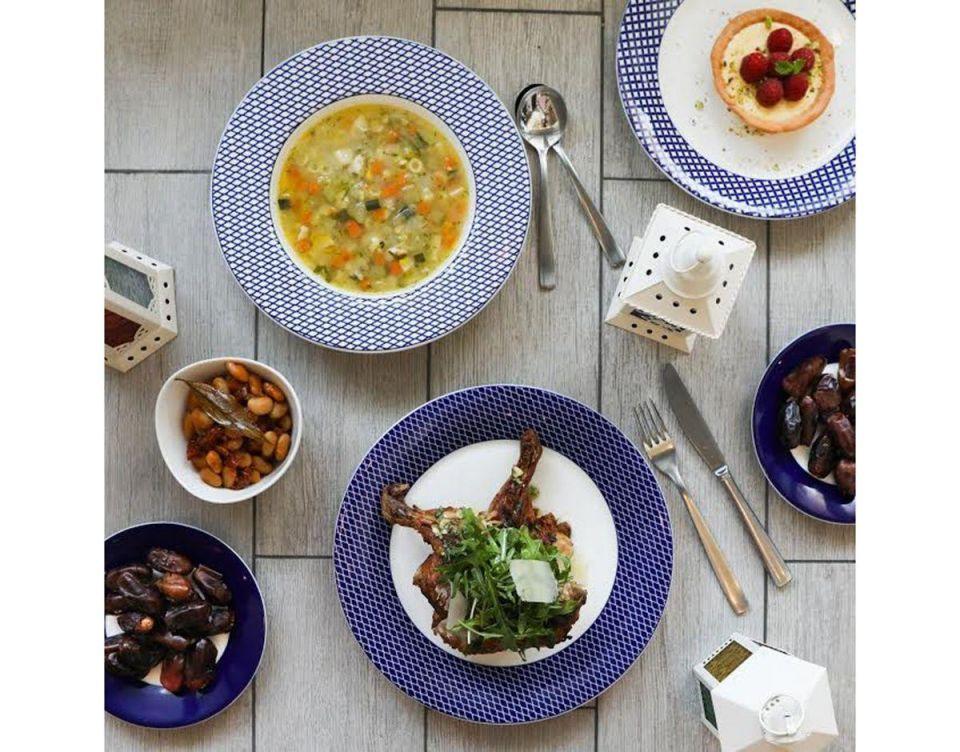 بالصور :  إفطار رمضان بنكهة إيطالية في مطعم كارلوتشيوز