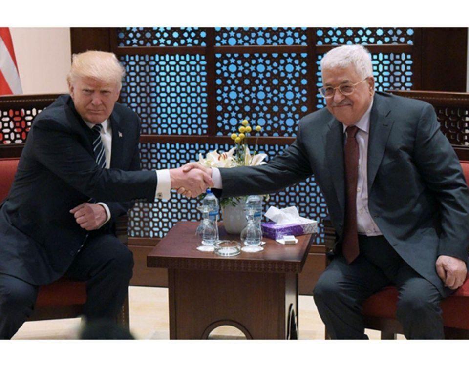 بالصور : ترامب يصل إلى بيت لحم لإجراء محادثات مع الرئيس عباس