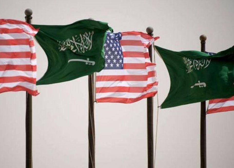 من هو أول سعودي عاش وعمل بالتجارة في أمريكا؟