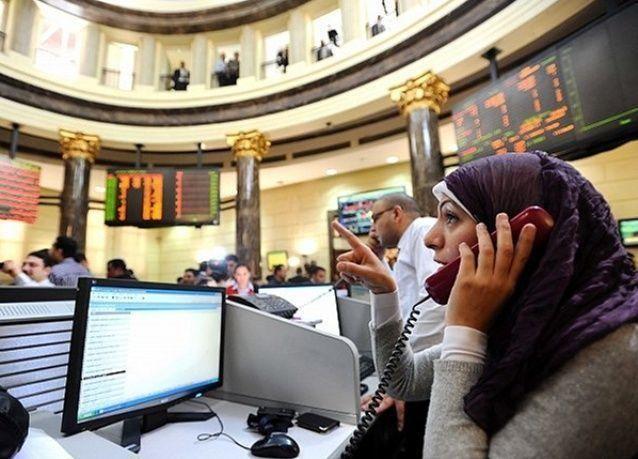 البورصة المصرية ترتفع مدعومة بوديعة السعودية وتباين أسواق الأسهم الخليجية
