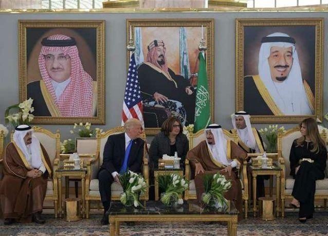"""دراسة: الملك السعودي يتفوق على ترامب في """"إعادة التغريد"""""""