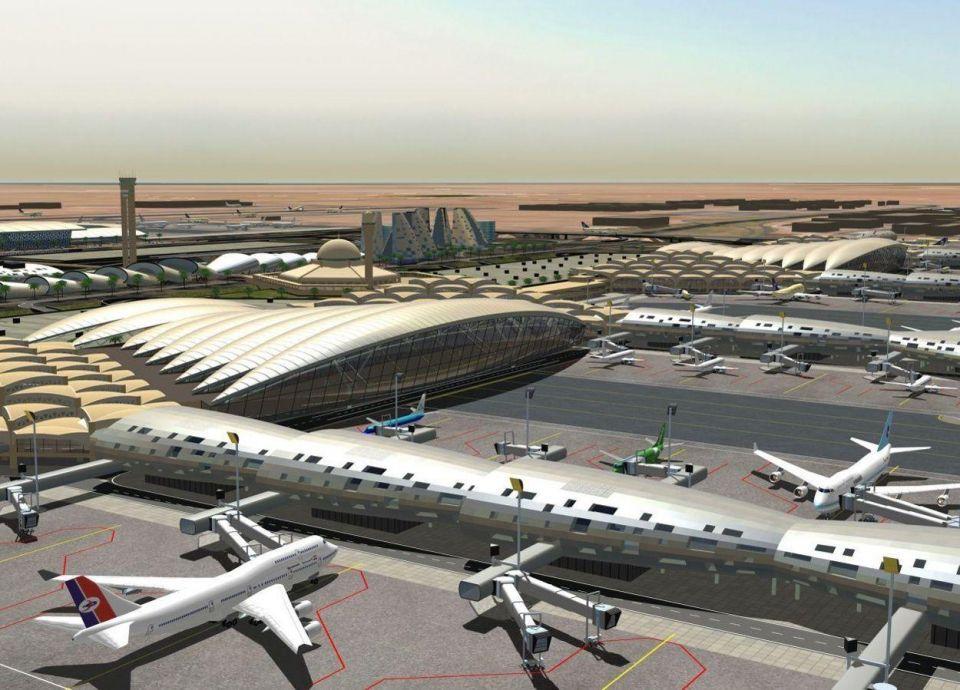 السعودية: توقيع عقود تشغيل 5 مطارات مع عدة تحالفات دولية