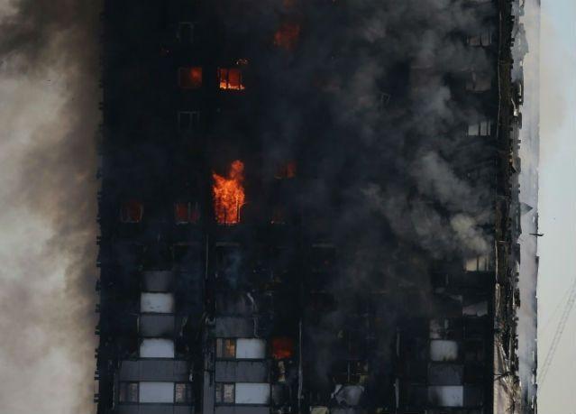 ناجون من حريق لندن يروون ليلة من الرعب