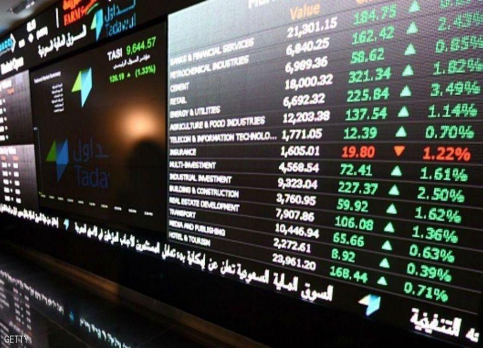 مكاسب بالبورصة السعودية والنفط يضغط على باقي أسواق الخليج