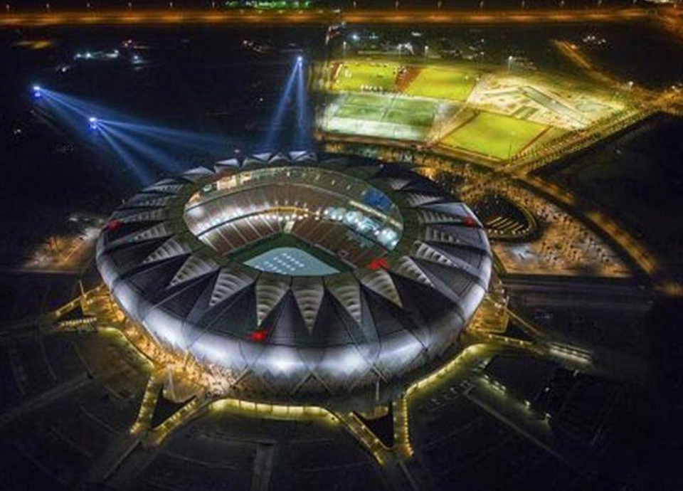 صندوق الاستثمارات العامة السعودي ينفي دراسة إغلاق ملعب الجوهرة