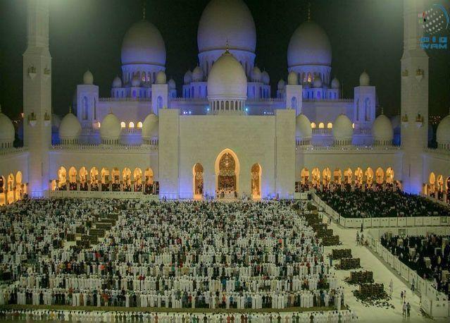 جامع الشيخ زايد: توافد 1.062 مليون مصل وصائم حتى 27 رمضان