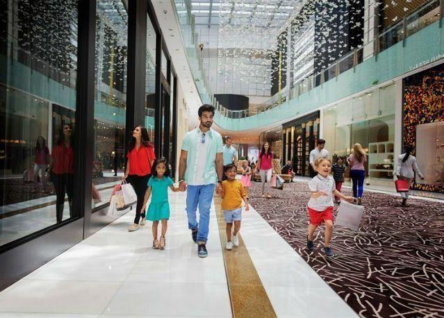 """تعرف إلى مراكز التسوق المشاركة في احتفالات """"العيد في دبي"""""""