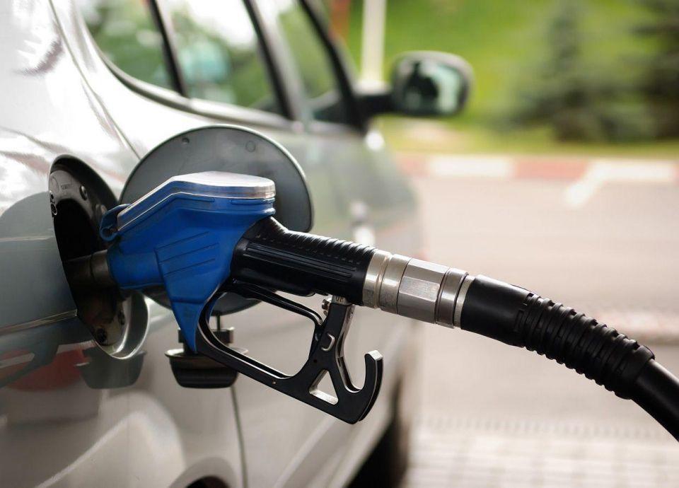 مصر ترفع أسعار الوقود إلى 100% لخفض تكلفة دعم الطاقة