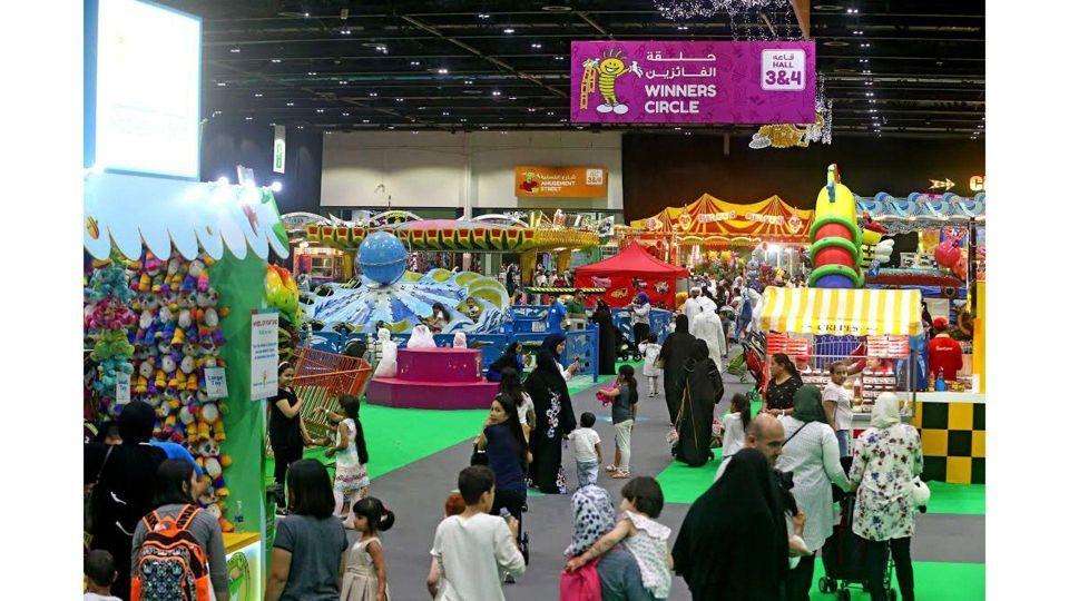 مفاجآت صيف دبي تكشف عن جدول فعالياتها الحافل على مدى ستة أسابيع