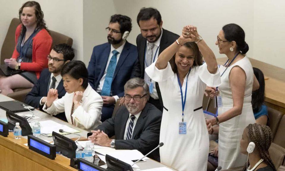 122 دولة عدا اسرائيل وباكستان توافق على معاهدة حظر الأسلحة النووية