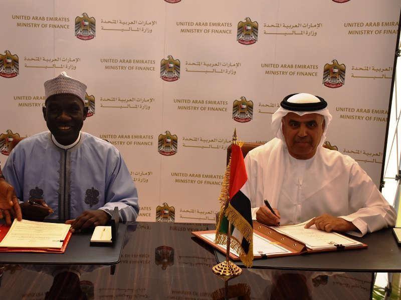 الإمارات توقع على اتفاقية تجنب الازدواج الضريبي مع الكاميرون