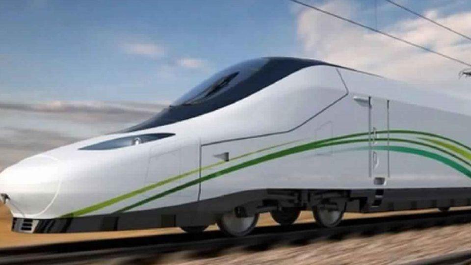 «قطار الحرمين» يجتاز الاختبارات ويصل إلى محطة جدة للمرة الأولى